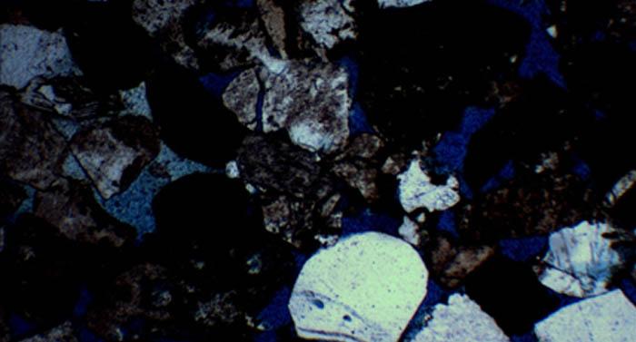 明美数码偏光显微镜ME51在西南交通大学正式投入使用